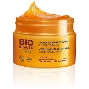 Maquillage pour hommes: des produits beauté naturels et discrets en
